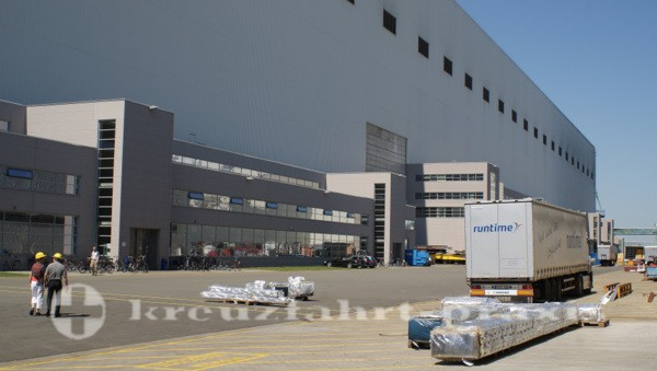 Meyer Werft - Ungewöhnliche Dimension