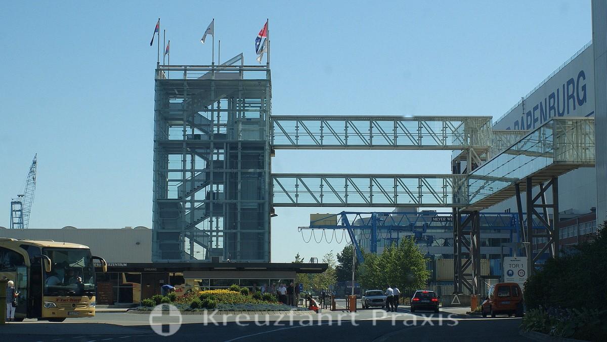 MEYER Werft - Übergang zum Besucherzentrum