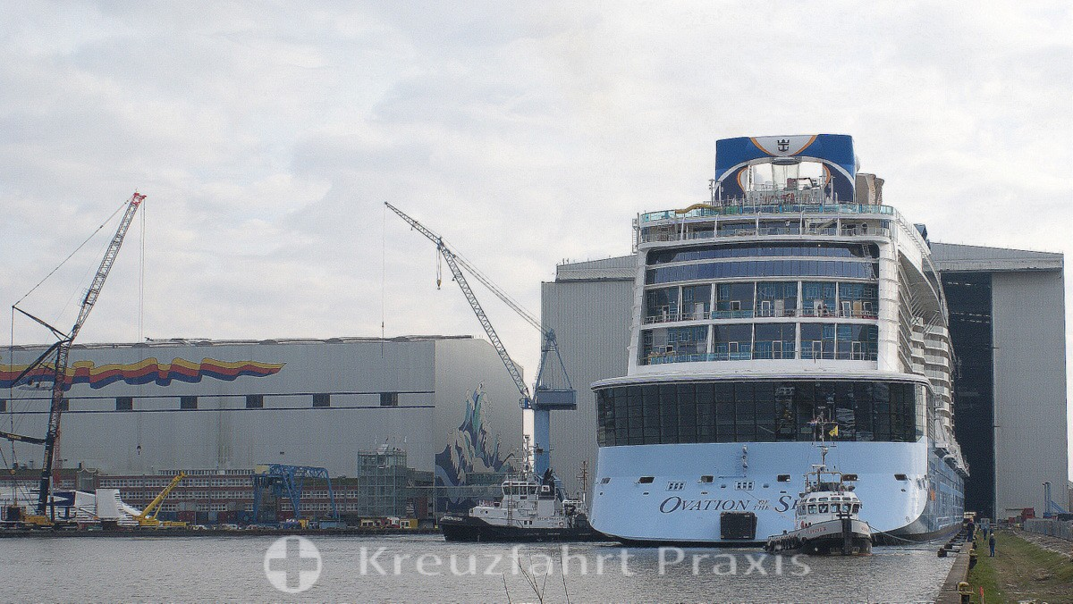 MEYER Werft - Ausdocken der Ovation of the Seas