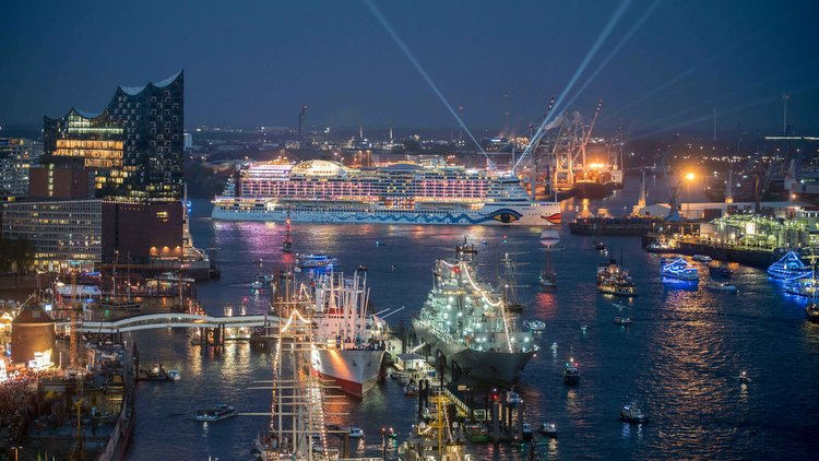 Hafengeburtstag 2017 mit AIDAprima