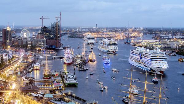 AIDA-Schiffe in Hamburg