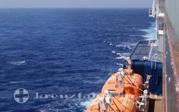 Die Rettungsboote sind auch dabei