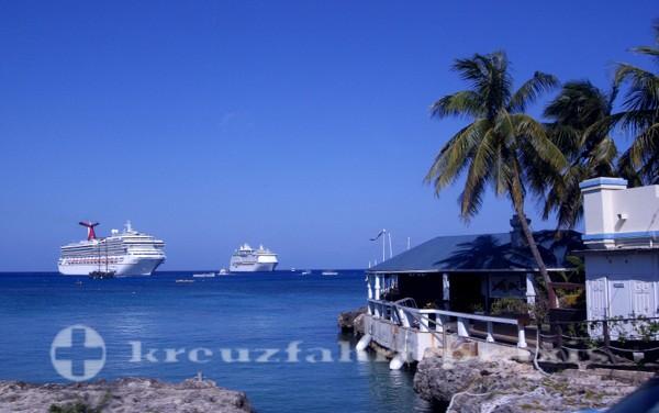 Die Reede von Grand Cayman