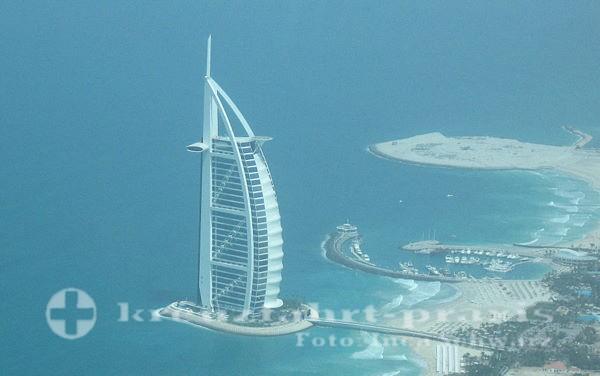 Dubai - Burj Al Arab from the air