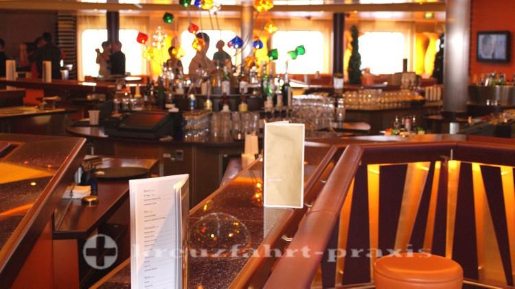 AIDA bar counter
