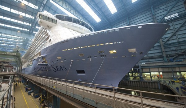 Anthem of the Seas in Baudockhalle 2 der Meyer Werft