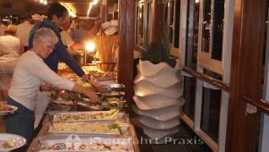 White Night buffet