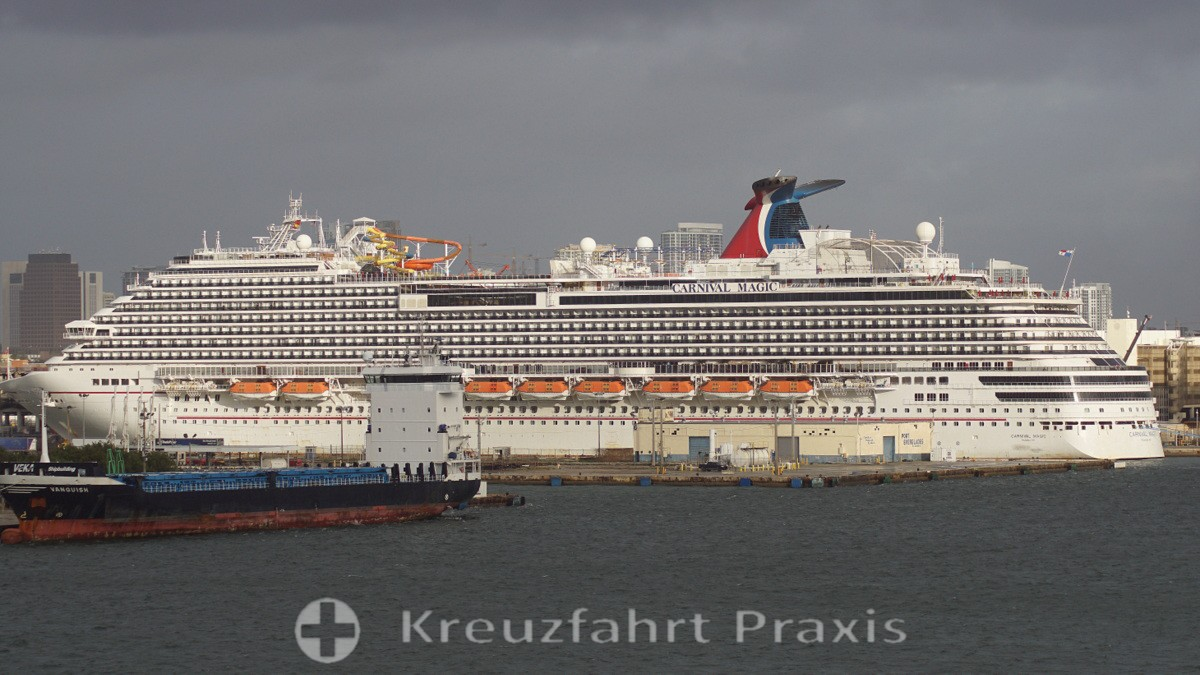 Carnival Magic in Fort Lauderdale