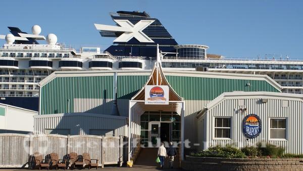 Celebrity Summit - Das X steht für Celebrity Cruises