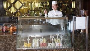 Celebrity Equinox - Café al Bacio & Gelateria