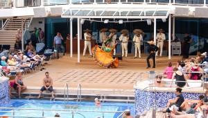 Viva México - Show auf dem Pooldeck