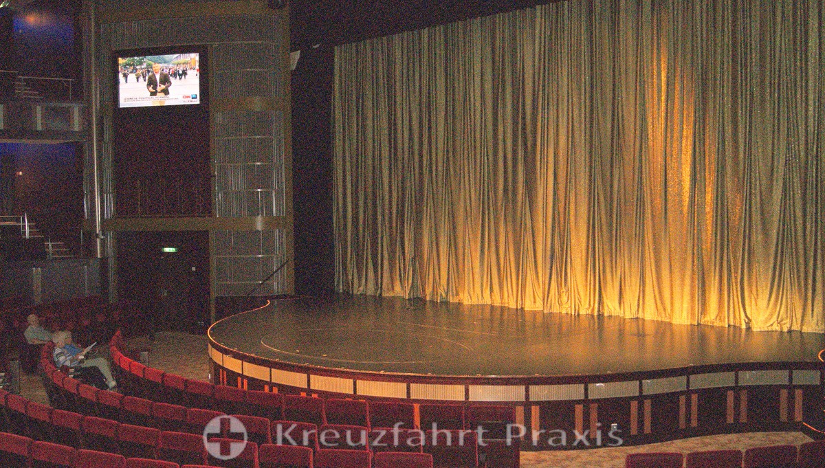 Eelebrity Equinox - Theater