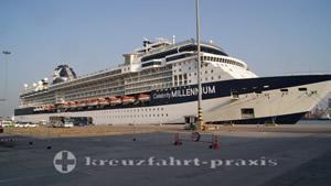 Celebrity Millennium im Hafen von Chaem Labang