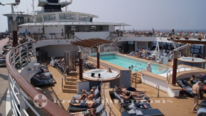 Celebrity Millennium Pooldeck
