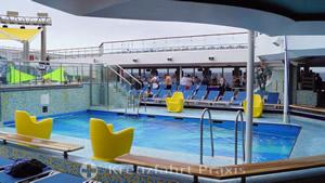 Pool Oceania