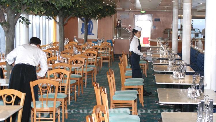 Vorbereitung des Buffetrestaurants Vernazza