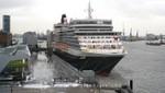 Cunard - Queen Elizabeth - Cruise Terminal Hamburg-Altona