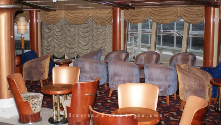 Cunard - Queen Victoria - Hemispheres