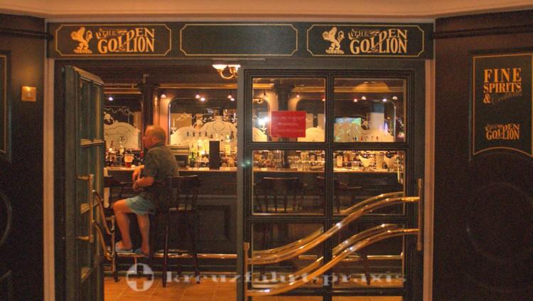 Cunard - Queen Victoria - Golden Lion Pub