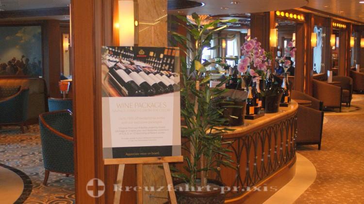 Cunard - Queen Victoria - Champagne Bar