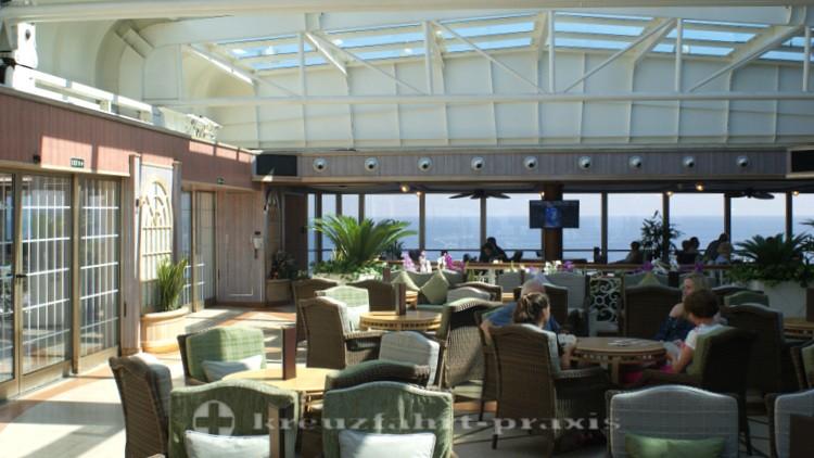 Cunard - Queen Victoria - Winter Garden Café