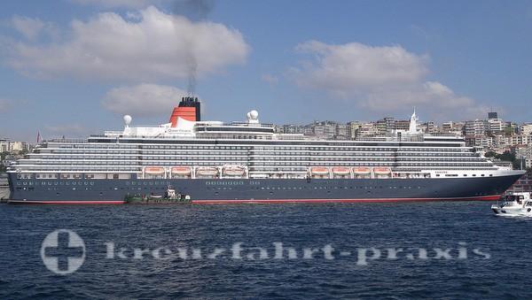 Queen Victoria im Hafen von Istanbul
