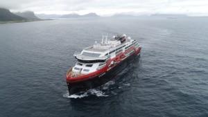 Hutigruten - Ship Roald Amundsen with COVID-19 on board