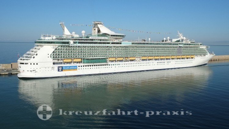 Royal Caribbean - Independence of the Seas in Civitavecchia