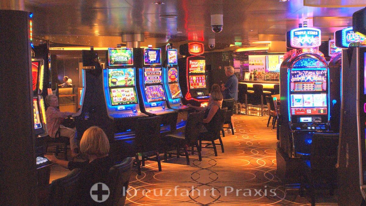 hal koningsdam casino