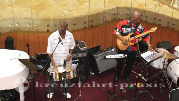 Legend of the Seas - Musiker im Centrum