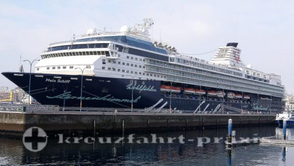 Mein Schiff 1 - Im Hafen von La Coruna