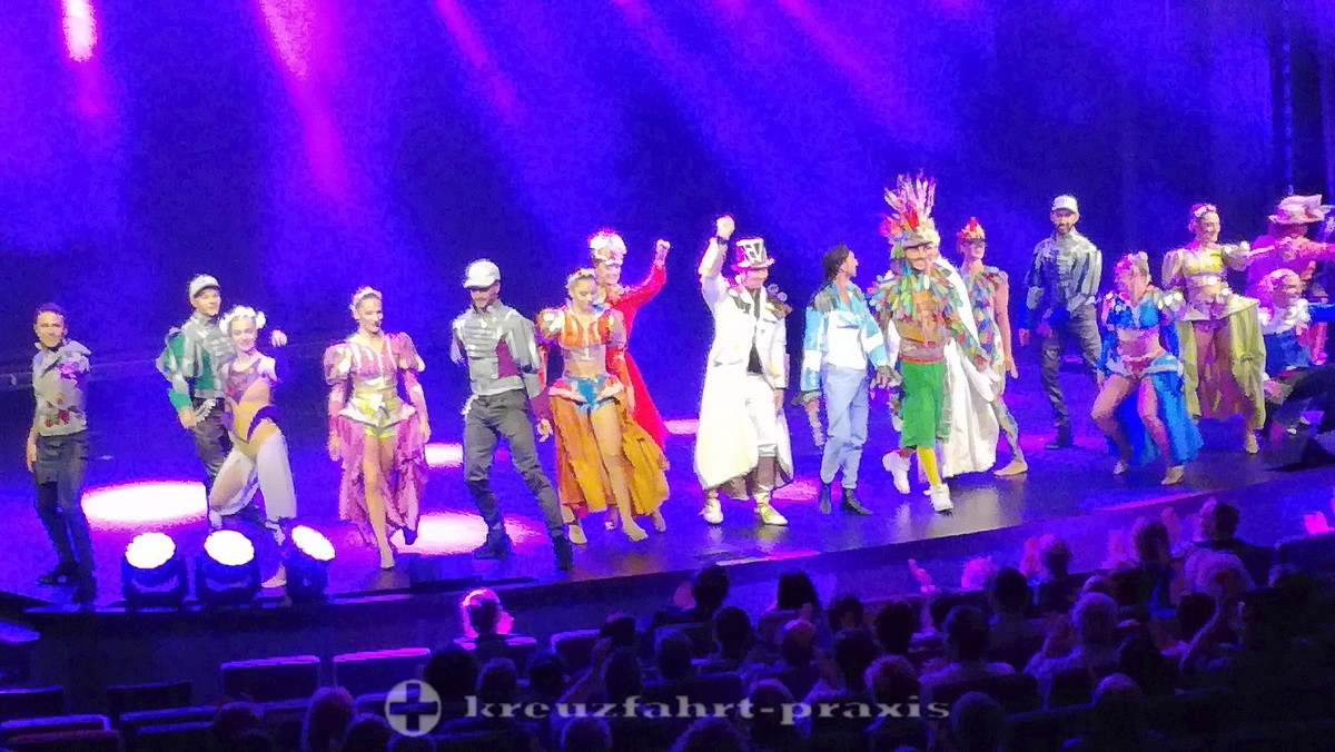 Show im Theater