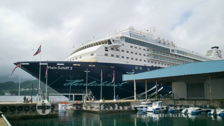 Mein Schiff 2 in Alesund