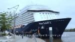Mein Schiff 3 im Hamburger Hafen