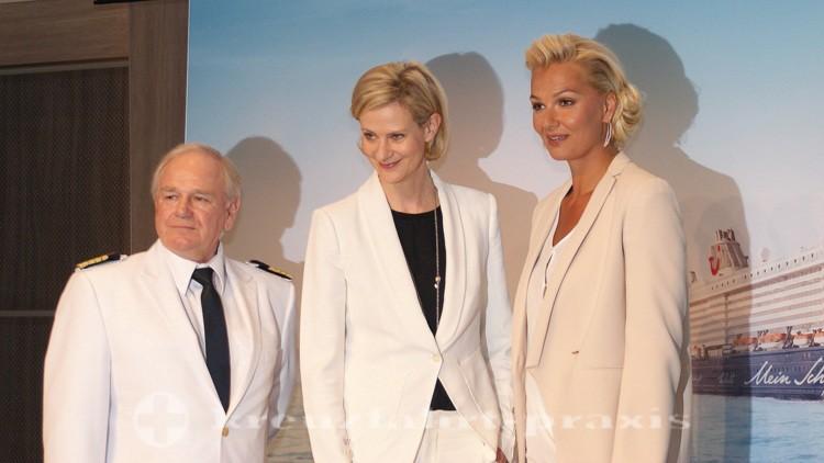 Mein Schiff 4 - Taufpatin, CEO Wybcke Meier und Kapitän Holm