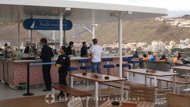 Mein Schiff 4 - Außenalster Bar & Grill