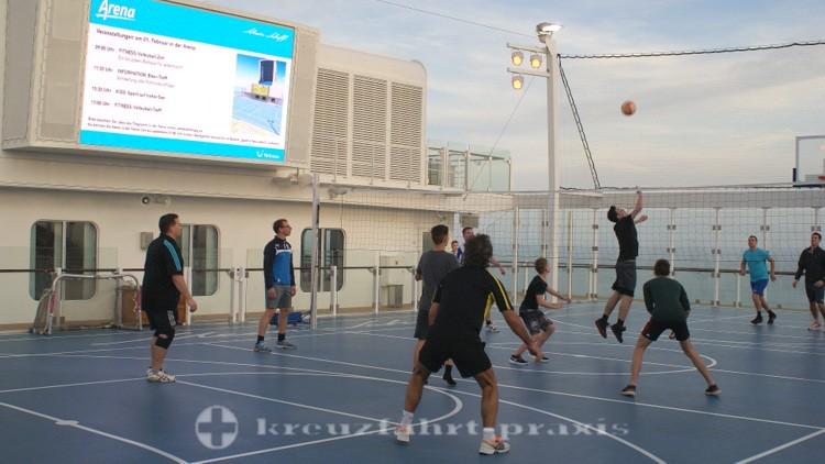 Mein Schiff 4 - Sport Arena