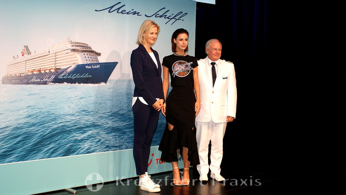 Mein Schiff 5 - TUI Cruises boss, godmother and captain