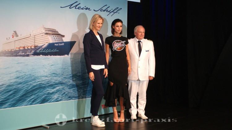 Mein Schiff 5 - TUI Cruises Chefin, Taufpatin und Kapitän