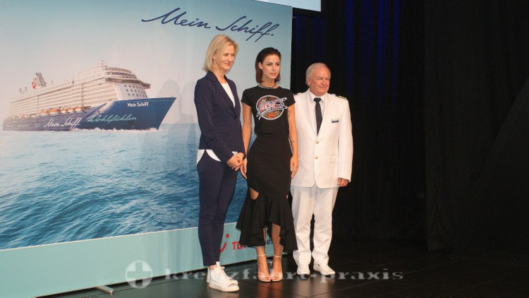 Mein Schiff 5 - CEO Wybcke Meier, Taufpatin Lena Meyer-Landrut, Kapitän Kjell Holm