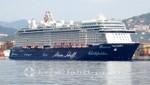 Mein Schiff 5 im Hafen von La Spezia
