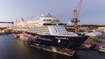 Mein Schiff 6 am Ausrüstungskai in Turku