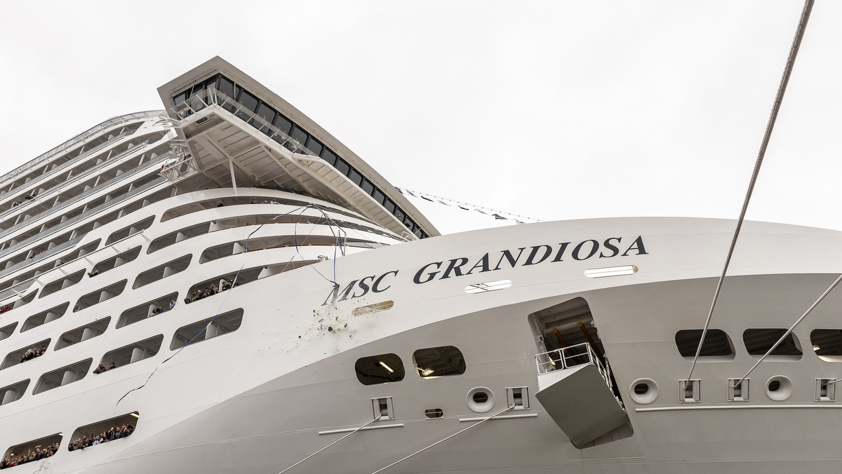 MSC Grandiosa in Saint-Nazaire