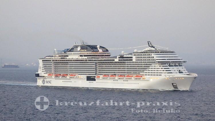 MSC Meraviglia verlässt Barcelona