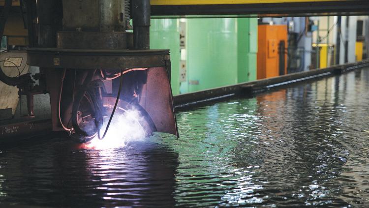 Nieuw Statendam - Erster Stahlschnitt