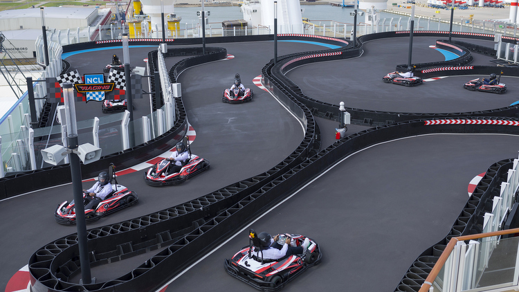 Norwegian Bliss - E-Kart Rennstrecke
