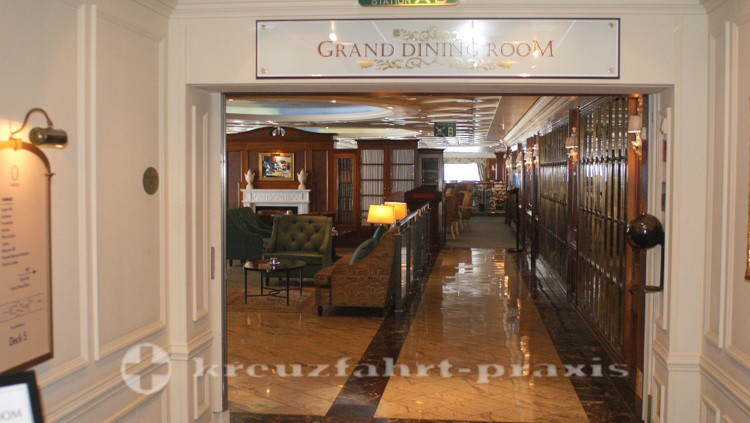 Eingang des Gand Dining Rooms