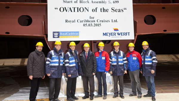 Ovation of the Seas - Kiellegung mit Honoratioren