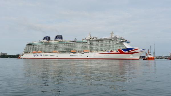 P&O Britannia verlässt das Trockendock der Monfalcone Werft