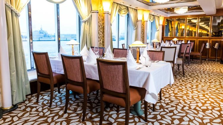 P&O Oriana - Peninsular & Oriental Restaurants